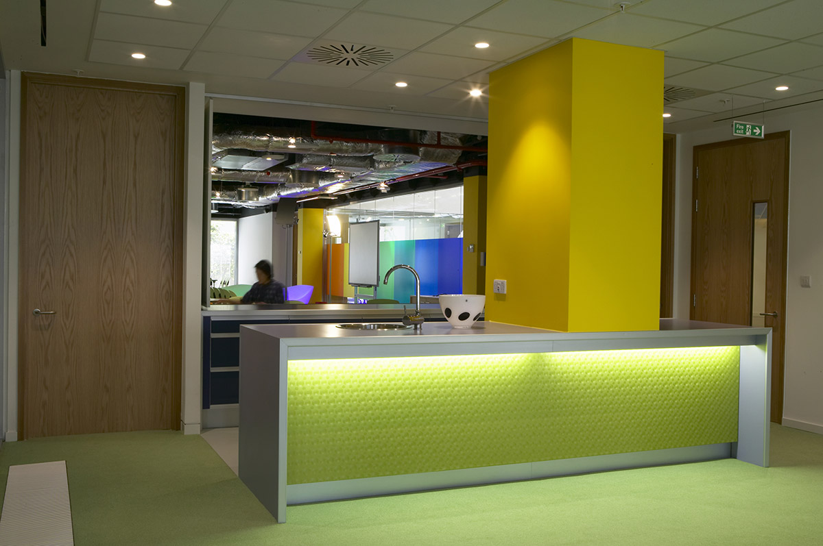 interior-fm-workplace-childrens commission3